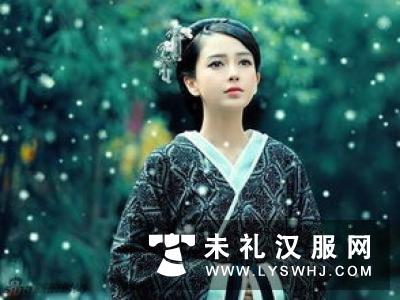 惊现美女纽约汉服快闪 展示中华文化吸引老外观看