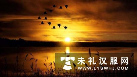 """清镇举行""""诗意湖城·诗意红枫""""汉服配乐诗朗诵会"""